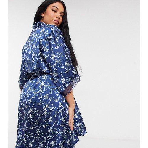 Kimono en satin à imprimé floral - Bleu - Vero Moda Curve - Modalova