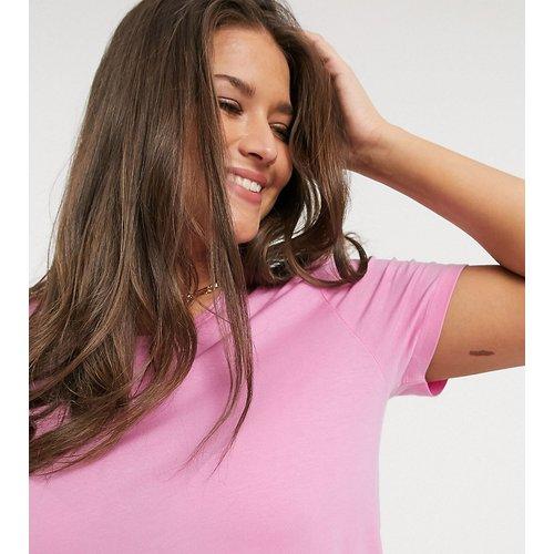 T-shirt à manches retroussées - Vero Moda Curve - Modalova