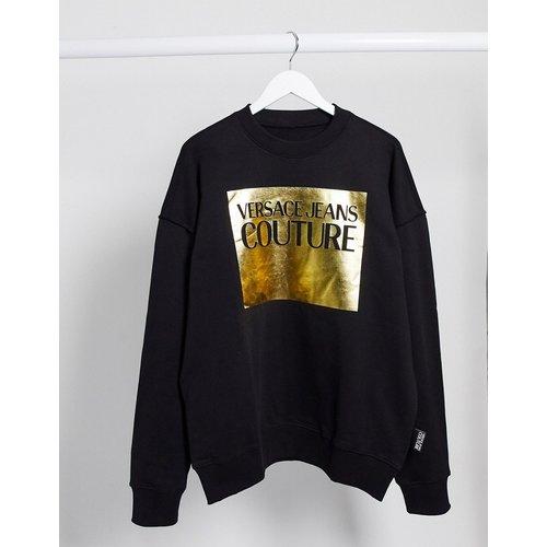Pull à logo encadré doré - Versace Jeans Couture - Modalova