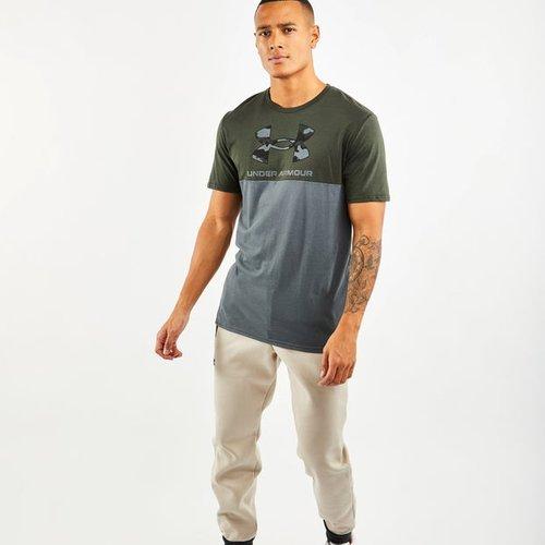 Camo Infill - T-Shirts - Under Armour - Modalova