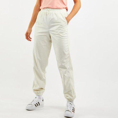 Isc Corduroy - Pantalons - Adidas - Modalova