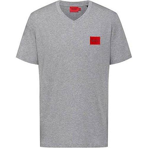 T-shirt à col V en coton avec étiquette logo rouge - HUGO - Modalova