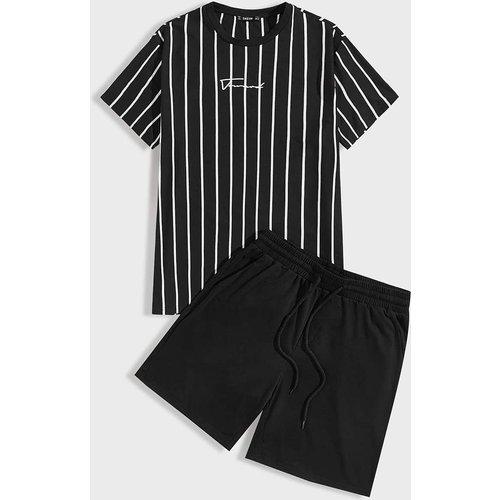 Ensemble short de sport avec cordon à la taille et t-shirt rayé à lettres - SHEIN - Modalova