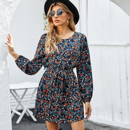 Robe courte ceinturée fleurie - SHEIN - Modalova