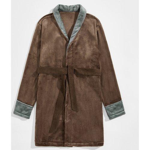 Robe de chambre ceinturée en flanelle - SHEIN - Modalova