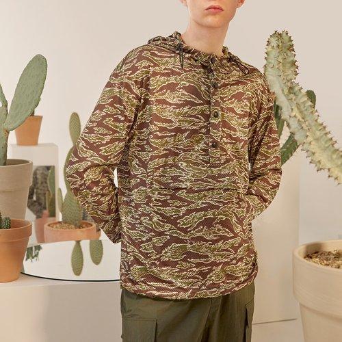 Veste à capuche en tulle à imprimé avec boutons - SHEIN - Modalova