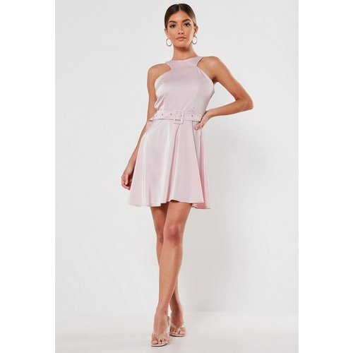 Robe patineuse en satin - Missguided - Modalova