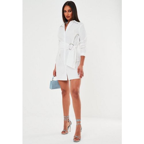 Robe chemise blanche en popeline avec ceinture - Missguided - Modalova