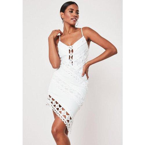Robe courte blanche en crochet - Missguided - Modalova
