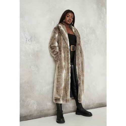Manteau Long en Fausse Fourrure Premium - Missguided - Modalova
