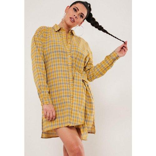 Robe chemise oversize à carreaux grandes tailles - Missguided - Modalova