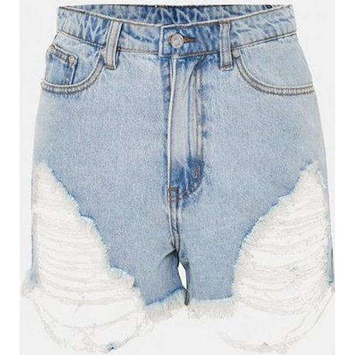 Short en jean clair déchiré taille haute grandes tailles - Missguided - Modalova