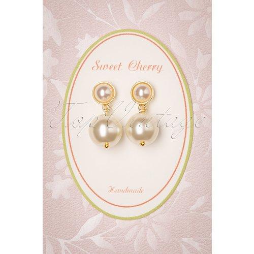 Classy Pearl Earrings Années 50 en Ivoire - sweet cherry - Modalova