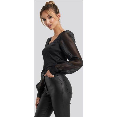 Organza Puff Sleeve Blouse - Black - Adorable Caro x NA-KD - Modalova