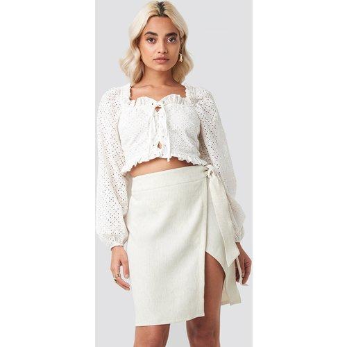 Belted Wrap Mini Skirt - Beige - AFJ x NA-KD - Modalova