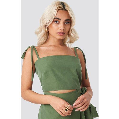 Tie Strap Cami Top - Green - AFJ x NA-KD - Modalova