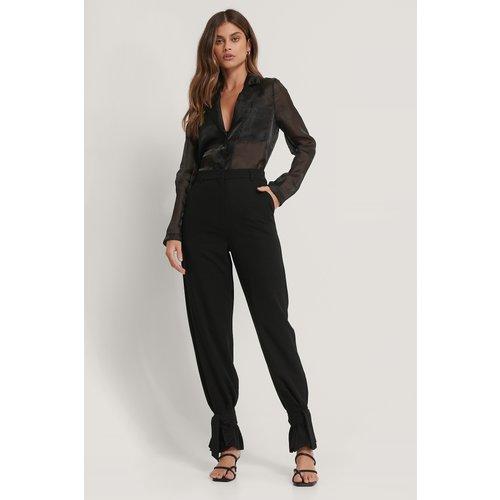 Pantalon De Costume Noué - Black - Basma & Merna x NA-KD - Modalova