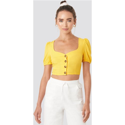Wide Neck Buttoned Top - Yellow - Céline & Talisa x NA-KD - Modalova