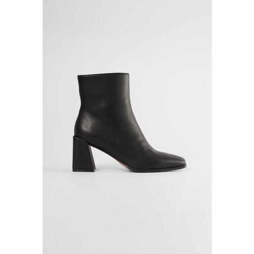 Bottes À Bout Carré - Black - The Fashion Fraction x NA-KD - Modalova