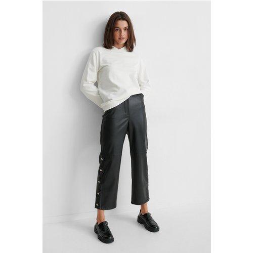 Pantalon Faux Cuir - Black - Gine Margrethe x NA-KD - Modalova