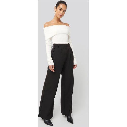 Flowy Tailored Pants - Black - Hanna Weig x NA-KD - Modalova