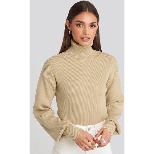 Drop Shoulder Sweater - Beige - Hoss x NA-KD - Modalova