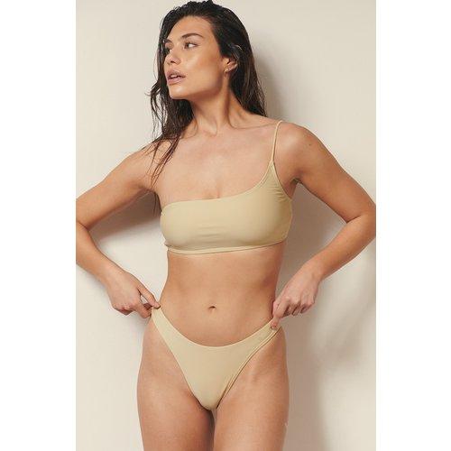 Recyclée Culotte De Bikini Taille Haute - Beige - Josefine HJ x NA-KD - Modalova