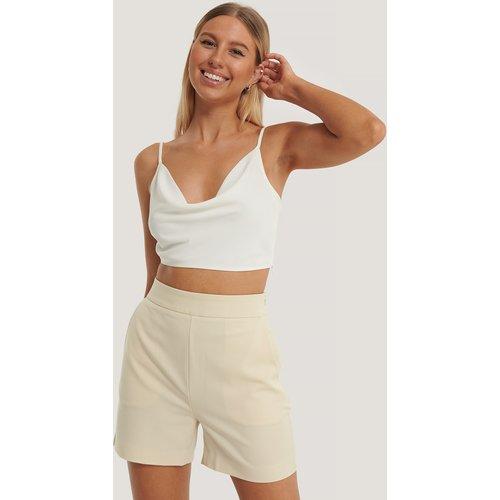 Shorts Taille Haute - Beige - Kim Feenstra x NA-KD - Modalova