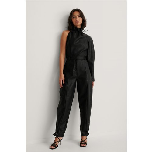 Pantalon Faux Cuir - Black - Dressing Up At Home x NA-KD - Modalova