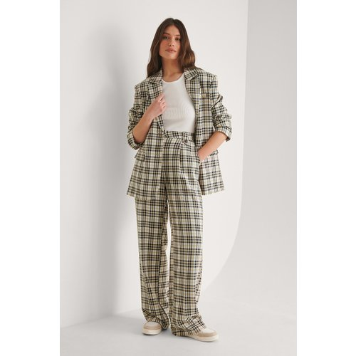 Pantalon De Costume Droit - Multicolor - Louise Madsen x NA-KD - Modalova