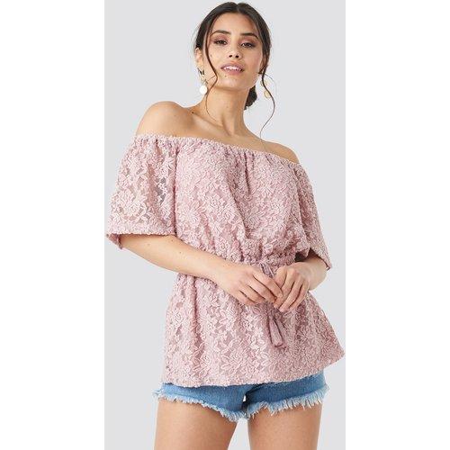 Off Shoulder Lace Top - Pink - Luisa Lion x NA-KD - Modalova