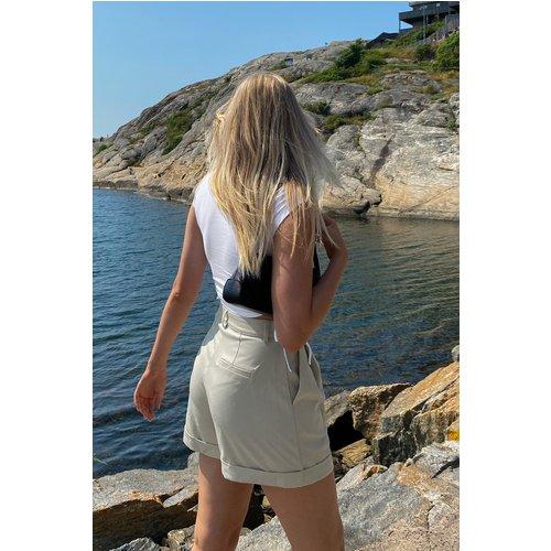 Short À Plis - Beige - Marije Zuurveld x NA-KD - Modalova