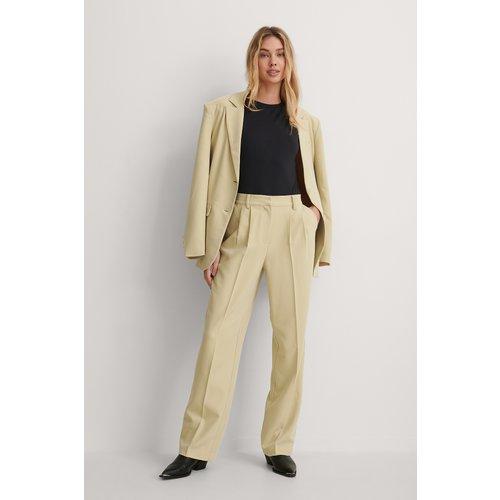 Pantalon De Costume - Beige - Gøhler x NA-KD - Modalova