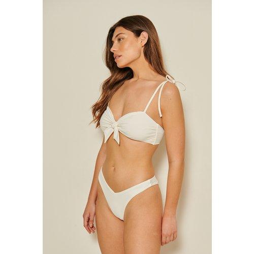 Culotte De Bikini En V En Matière Recyclée - Offwhite - Mathilde Gøhler x NA-KD - Modalova