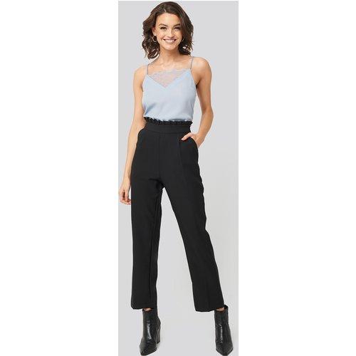 Pleat Detail Suit Pants - Black - Nadine x NA-KD - Modalova