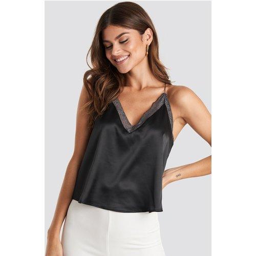 Contrast Lace Satin Cami Top - Black - NA-KD Trend - Modalova