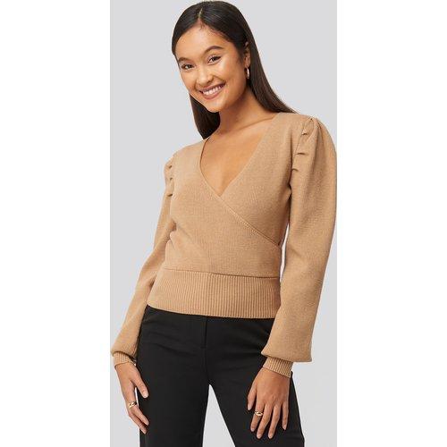 Joann Van Den Herik Puff Sleeve Overlap Sweater - Beige - Statement By NA-KD Influencers - Modalova