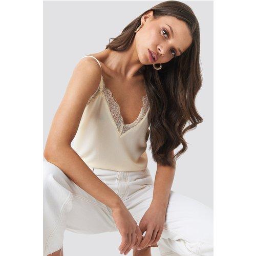 Lace Detail Singlet - White - NA-KD Party - Modalova