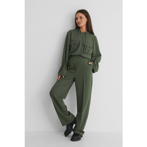 Pantalon De Costume Coupe Ample - Green - Emilie Malou x NA-KD - Modalova