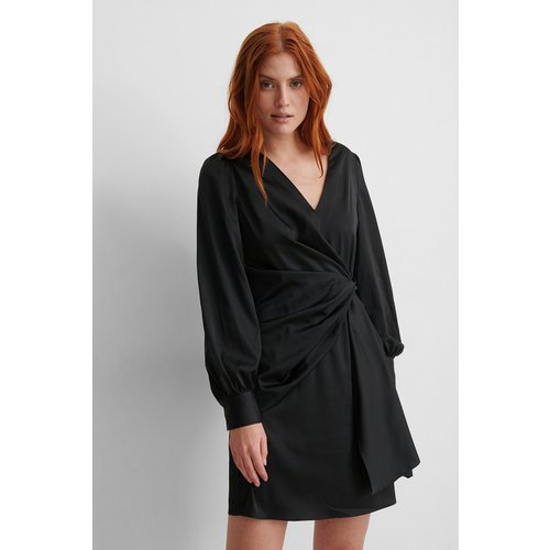 Recyclée Robe Cache-coeur En Satin - Black - NA-KD Party - Modalova