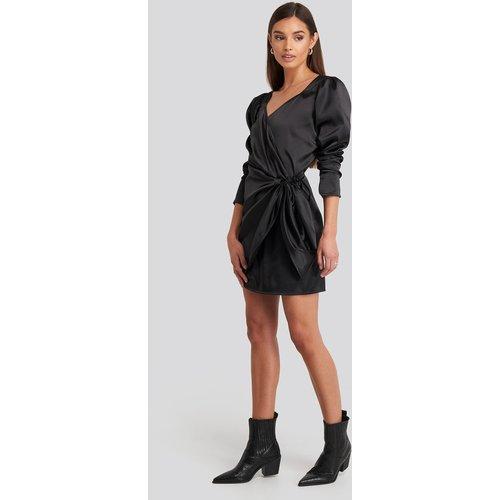 Sweetheart Neck Wrap Dress - Black - NA-KD Party - Modalova