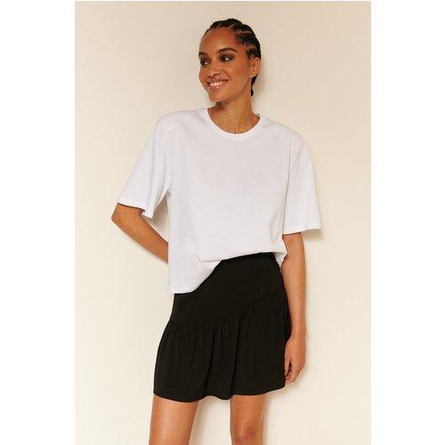 Biologique Tee-shirt À Épaules Rembourrées - White - Oumayma x NA-KD - Modalova