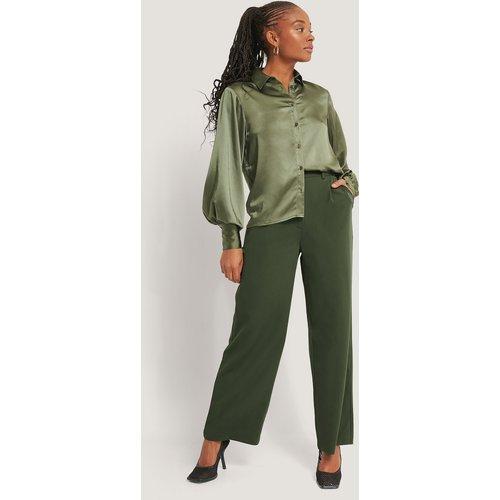 Pantalon De Costume À Jambe Large - Green - Romy x NA-KD - Modalova