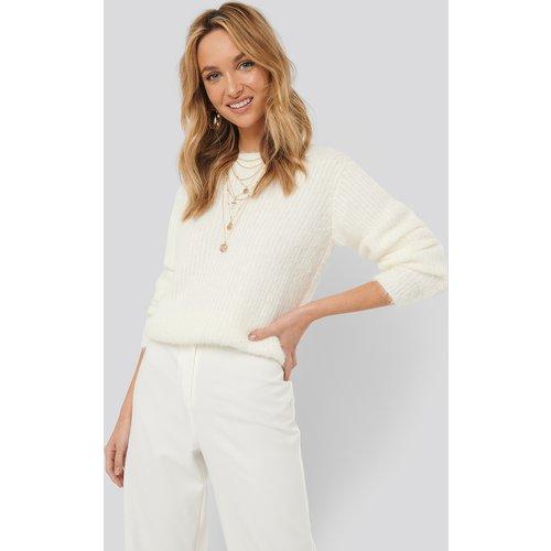 Knitted Roundneck Sweater - White - Sara Sieppi x NA-KD - Modalova