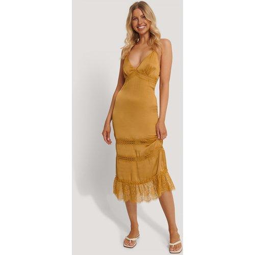 Lace Blocking Midi Dress - Gold - Stéphanie Durant x NA-KD - Modalova