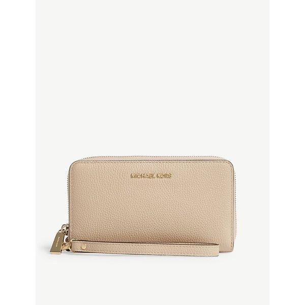 361e06c1d2d8 MICHAEL MICHAEL KORS | Mercer large grained leather multi-function wallet |  Goxip