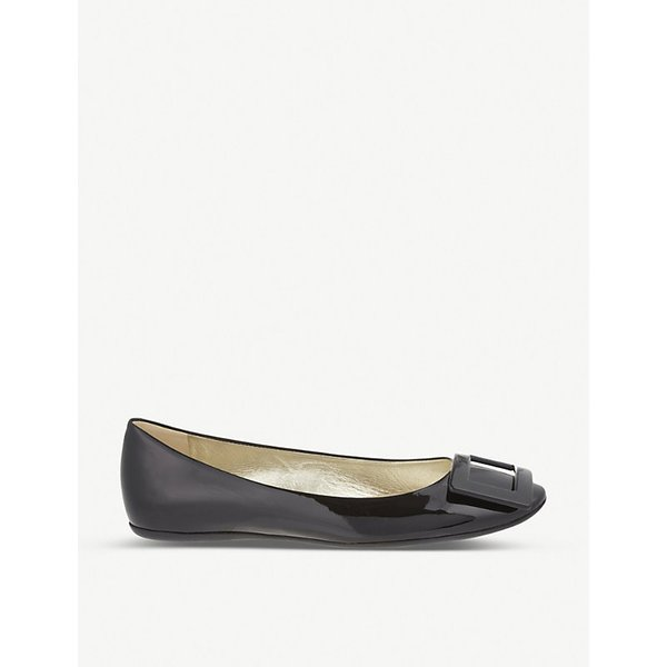 ROGER VIVIER | Gommette patent leather ballerina flats | Goxip