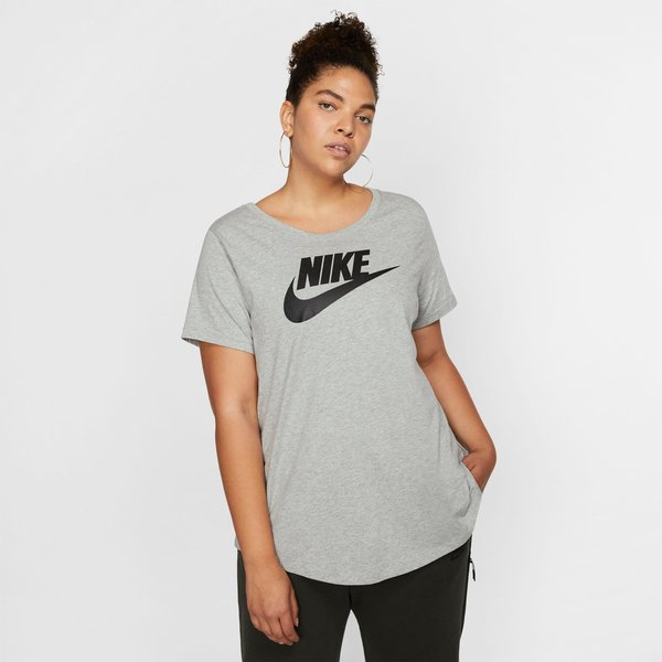 Nike Plus Size T-Shirt Damen