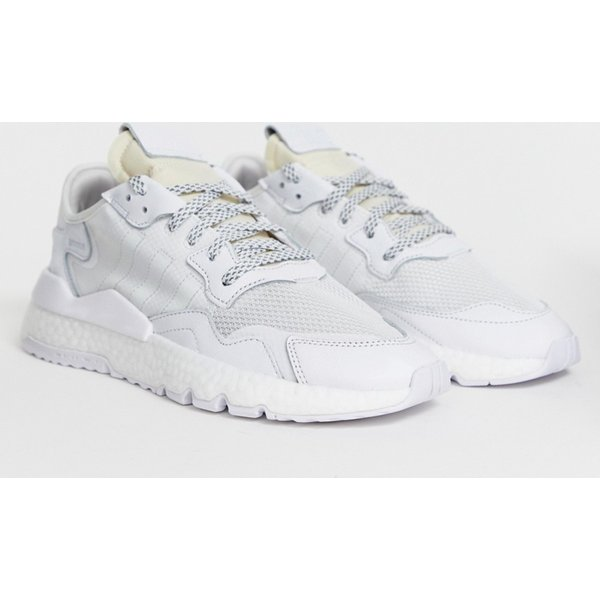 adidas Originals nite jogger trainers in triple white - White