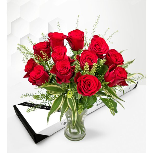 Royal Roses – Letterbox Flowers – Letterbox Roses – Letterbox Valentine's Flowers – Valentine's Flowers